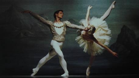 03-《天鹅湖》中的《白天鹅双人舞》